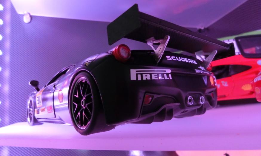 Model-Car-Design